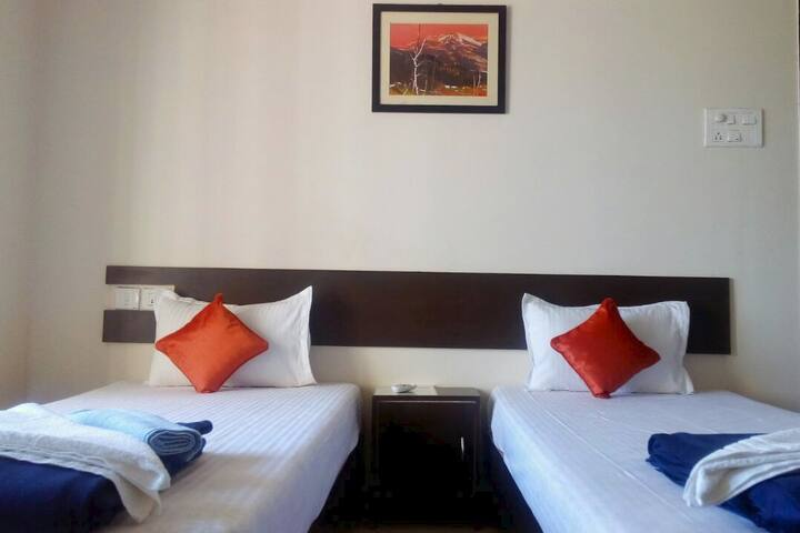 Luxurious Stay @NaviMumbai Homely but Professional