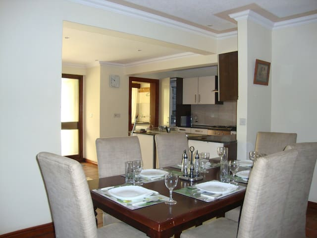 Nairobi apartment 5 star value for money - Nairobi - Aparthotel