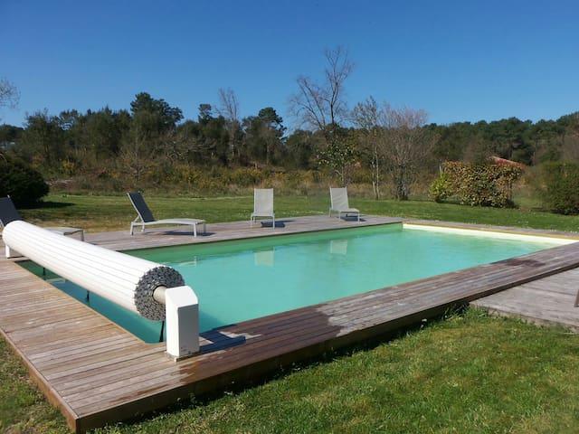villa OCÉANE 110m2 + piscine 50m2 Wi-Fi