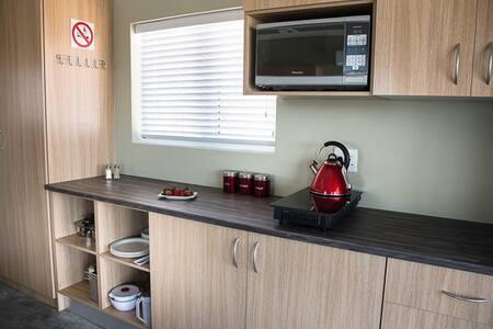 Kameelboomkoelte Self Catering Units - Askham, SA