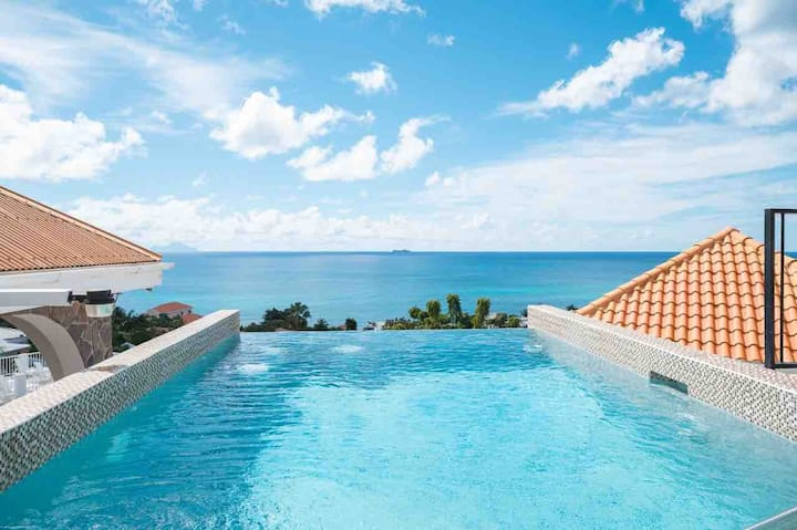 Villa Seaclusion sleeps 20 ocean view pool 6villas