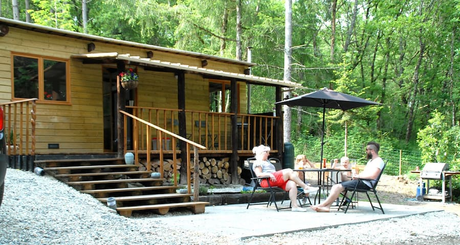 Chalet en bois, Wood cabin near to amenities. - Argenton-sur-Creuse - Chalé