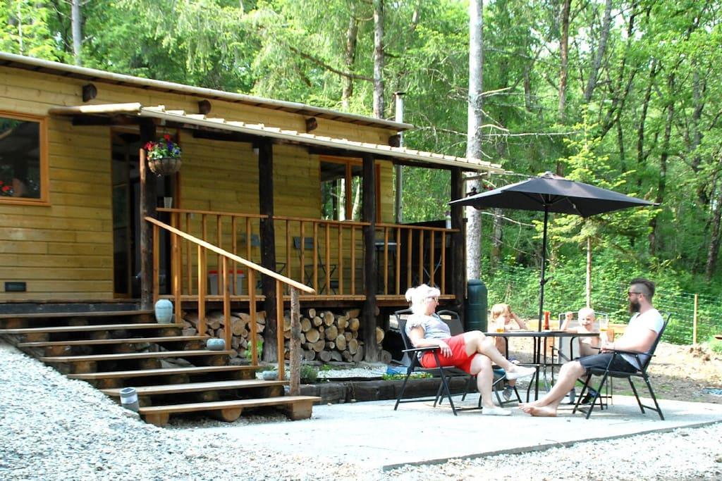 chalet en bois wood cabin argenton sur creuse chalets louer argenton sur creuse centre. Black Bedroom Furniture Sets. Home Design Ideas