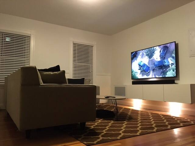 Quiet, clean, light-filled bedroom in Salem - Salem - Apto. en complejo residencial