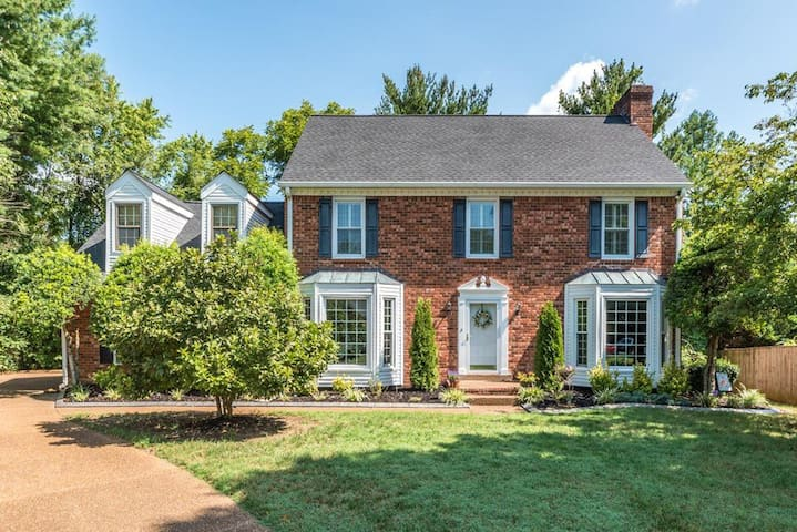 Enchanting Brick Colonial Gem - Near Historic Franklin