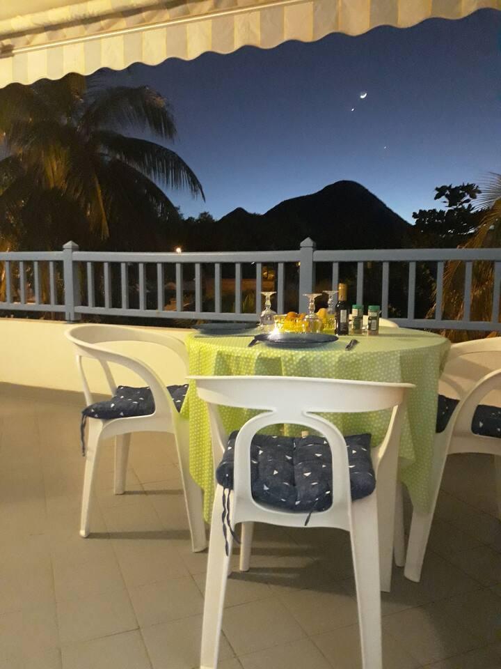 Beau studio calme avec terrasse proximité plage