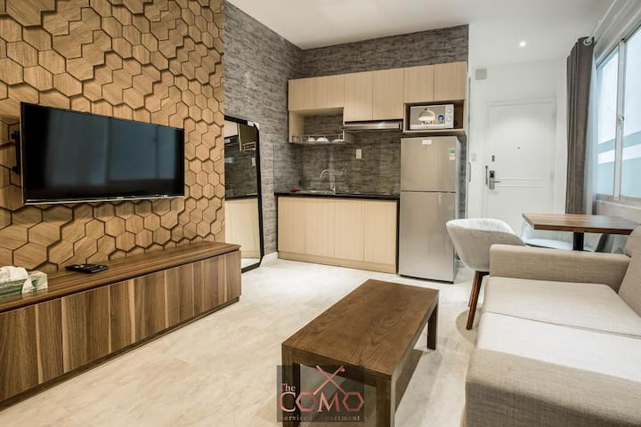Stunning 1BR Apt with Balcony in Ben Thanh HCMC
