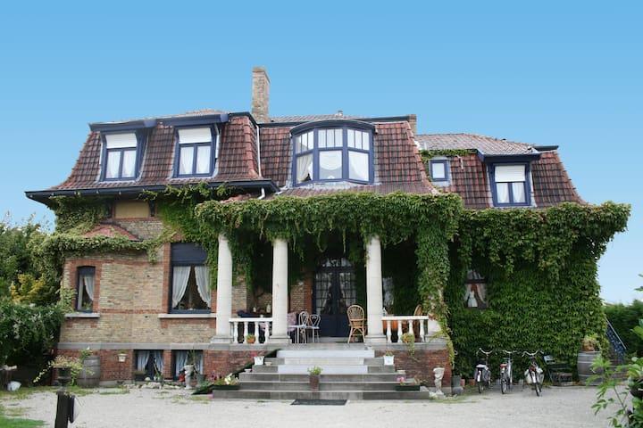 B&B De Vijf Zuilen - Bruges - Villa