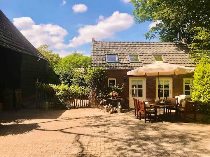 Natuurhuisje  'Het Bakhuis'  Breda-Rijsbergen