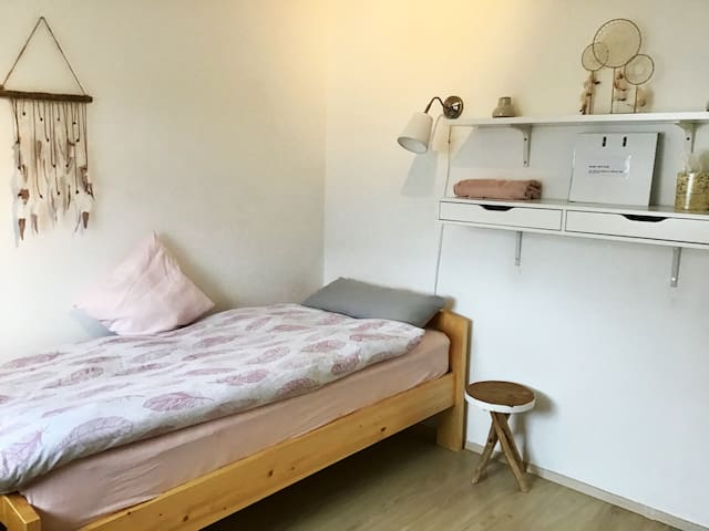 Single Room close to Munich and mountains
