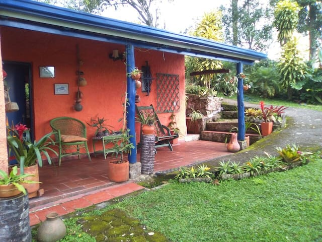 Airbnb Zipacón Vacation Rentals Places To Stay