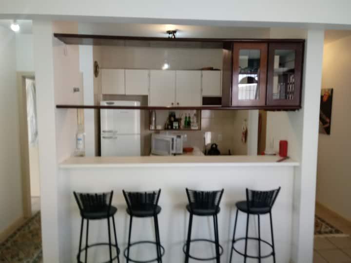 Amplo apartamento em Canasvieiras