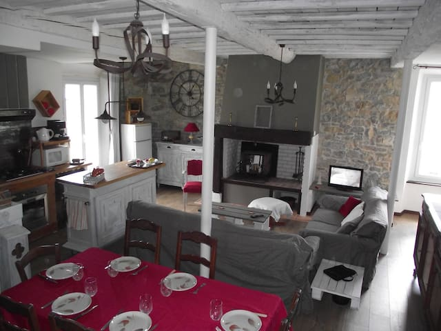 """Chez Jeanine """"au cœur des Châteaux Cathares"""" - Villeneuve-les-Corbières - House"""