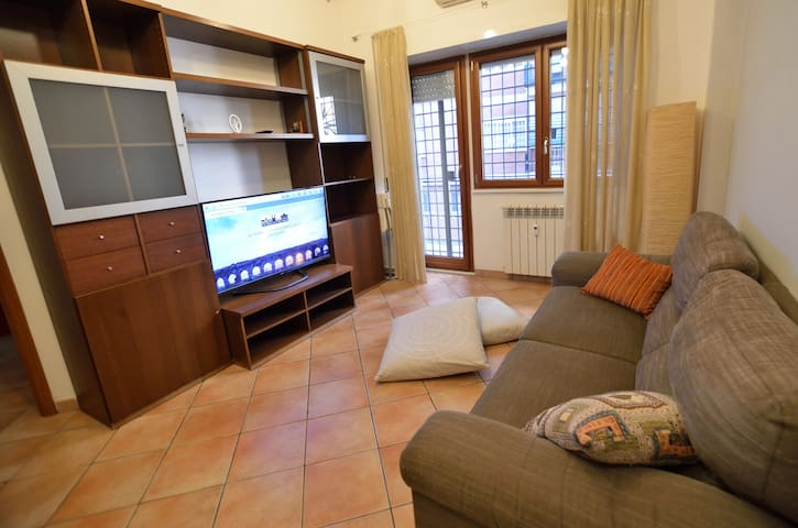 Appartamento intero Rome Italy Tuscolana