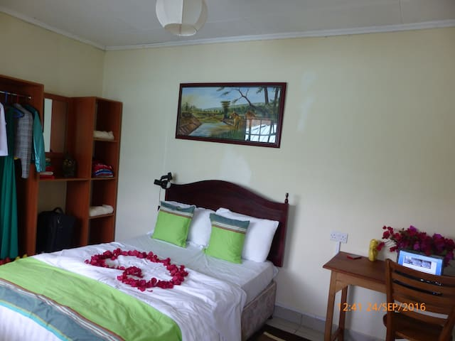 A Cosy Nook in Karen. Irish Welcome assured - Nairobi - Apartment