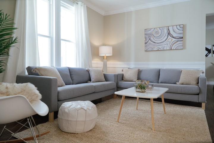Lovely 3BR Apt Perfect for Cityscape near O'Hare