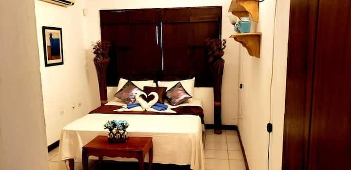 Wood Room @ Oceanview Bed & Breakfast