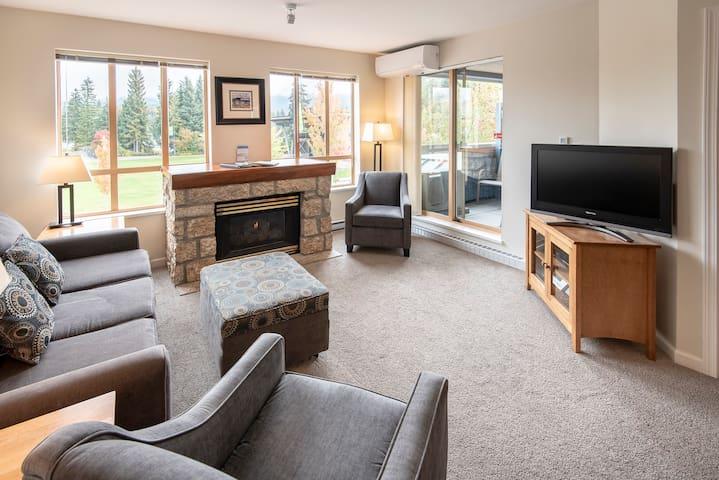 Month to Month Rental - 2BR Condo Whistler Village
