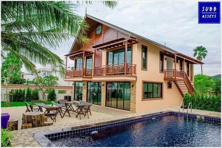BeachFront Poolvilla for 20 person |Pranburi Beach