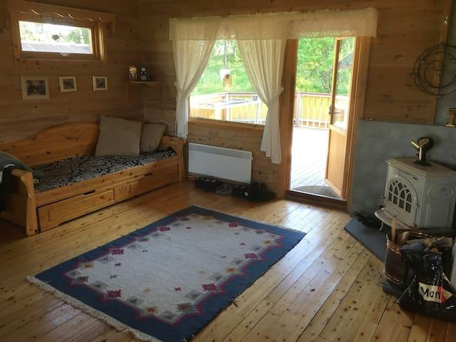 Brisken i hjørnet kan brukes som seng.