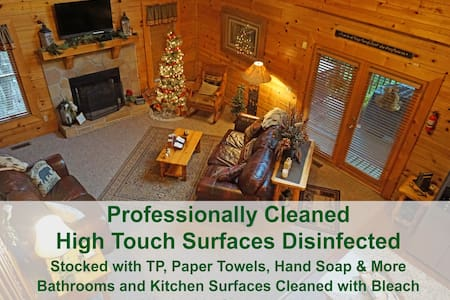 Clean Cabin, No-Contact Entry, HotTub, Games, WIFI