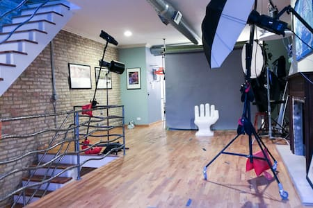 Lights, Camera, Action! Studio Space for Artists! - Chicago