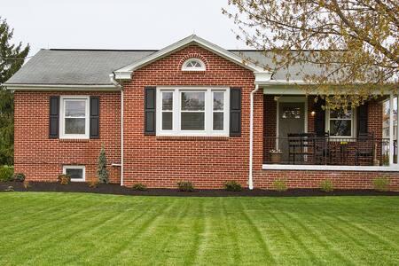Cottage Style Guest House - Lancaster - Ház
