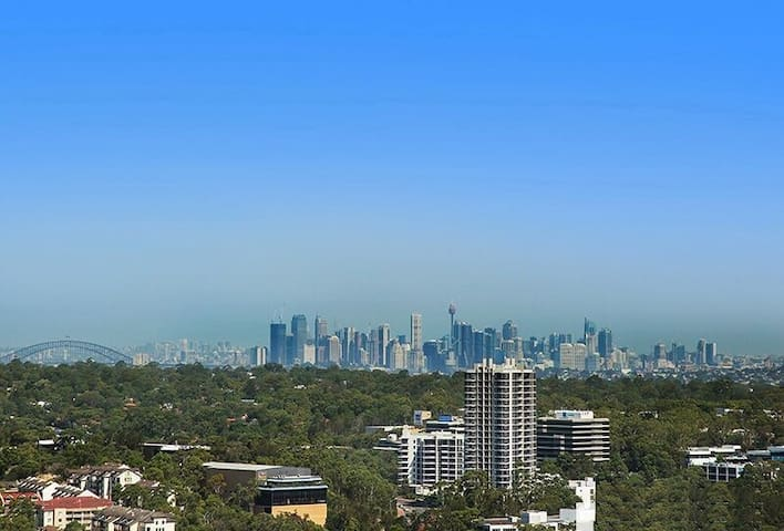 Flawless 2 bed Apt Amazing City View 30mins to CBD