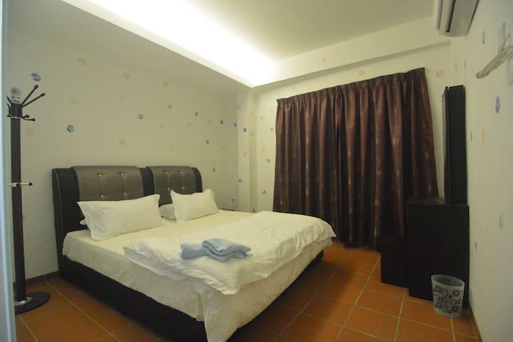 Bed In The Jonker Guesthouse Malacca/Melaka #1