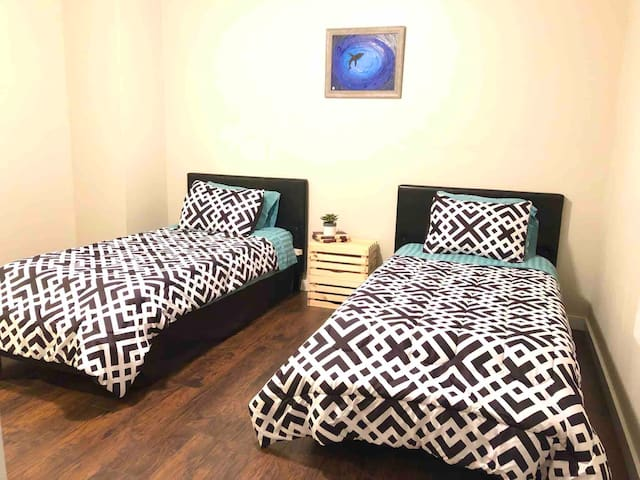 Double Bed Room in downtown Spartanburg