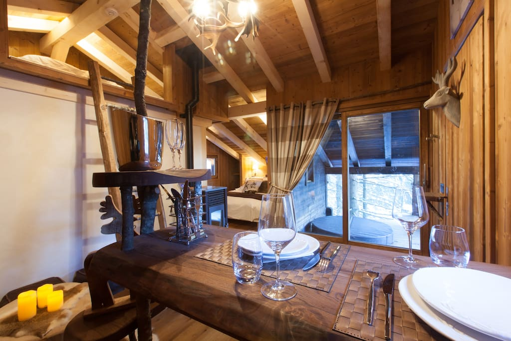 cabane mont blanc sauna jacuzzi tout confort. Black Bedroom Furniture Sets. Home Design Ideas