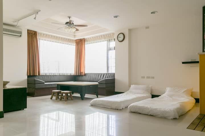 無敵超大海景房 在房間內就可看海 賞日出  Sea view room