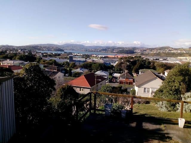 Porirua Reserve Retreat with beautiful view
