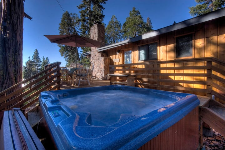 Like New Tahoe Cabin with Hot Tub