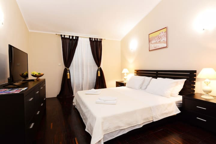 Luxury Room Uzorita Bed & Breakfast in Sibenik-R3
