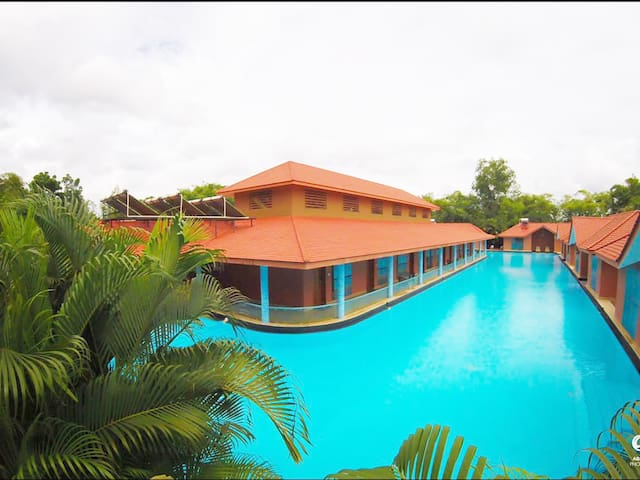 SAJ EARTH RESORT (5*) - Cochin - Angamaly - Inap sarapan