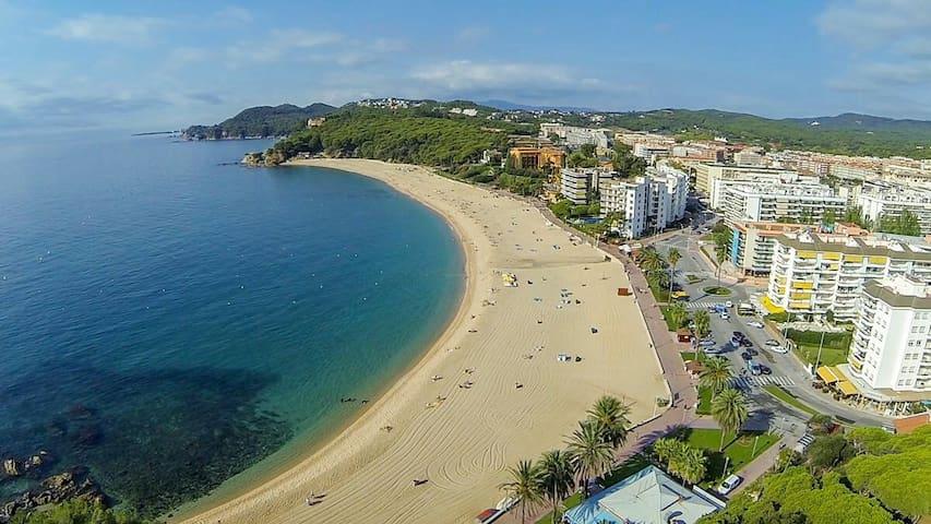 Bonito estudio apartamento+piscina - Lloret de Mar