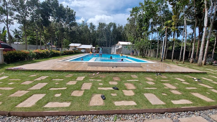 FarmEscape Lipa Private Resort