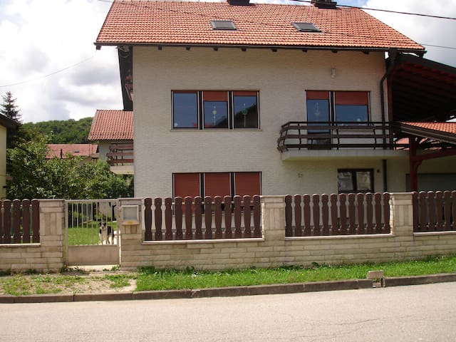 Sobe Samobor 20 minutes from Zagreb - Samobor - Bed & Breakfast