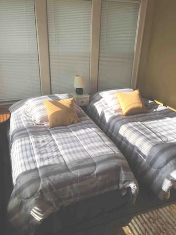 Twin beds in the 2nd bedroom can be converted to one King bed upon advance request.