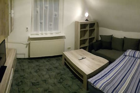 Gästezimmer mit Bad/Küche und Balkon - Weyhausen
