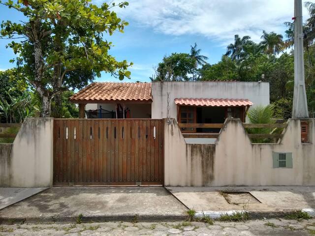 Casa aconchegante em Cananéia, bairro Carijo