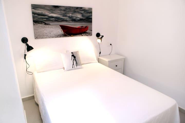 8.M. Apartamento 1 dormitorio en Sevilla.