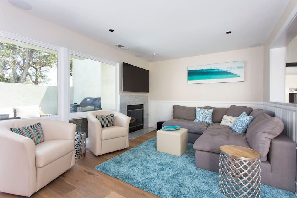 Family room all newly remodeled and new furniture and the best electronics.  We also provide all your paper products and beach gear for a vacation ready home!