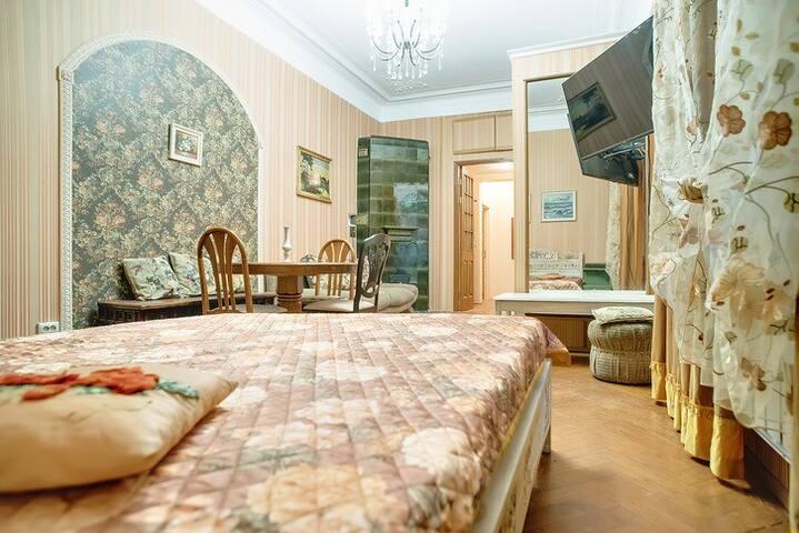 Аппартаменты у метро Петроградская