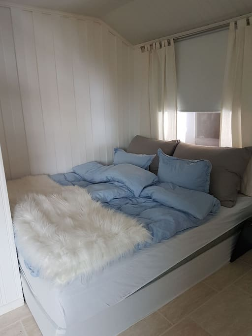 Stor myk seng.