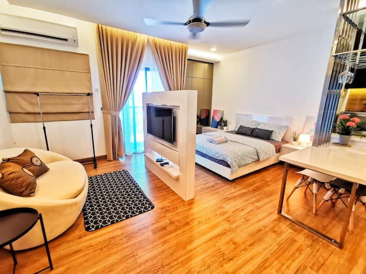 # Cosy Private Studio Symphony Tower with WIFI