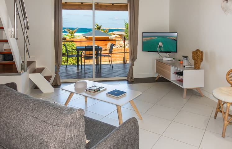 Studio Duplex in the heart of Orient Village, Close to the shops and beach.