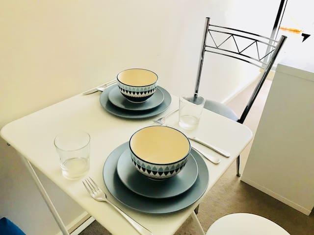 Dinning area. 舒適用餐空間。