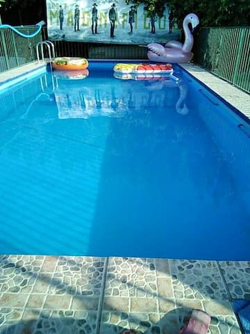 Beautiful house with pool access